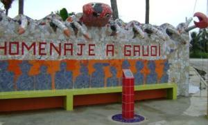 Mural en la calle a la entrada de Jaimanitas