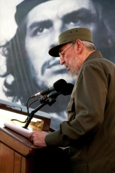 Fidel habla en la Universidad