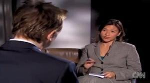 """Akita Scchubert """"entrevista"""" a Julian Assange en CNN"""