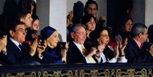 Alicia Alonso junto al presidente cubano Raúl Castroen la inauguración del Festival de Ballet de La Habana Foto: Estudios Revolución