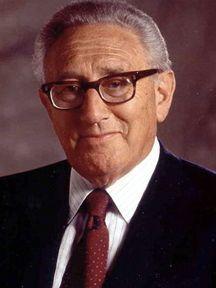 Henry Kissinger, administrador de la NED. ¿Quién dijo «representante de la sociedad civil»?