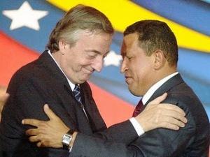 Néstor Kichner y Hugo Chávez