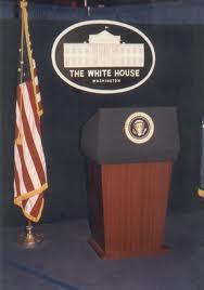 Nadie en el podium de la Casa Blanca ante revelaciones sobre Iraq