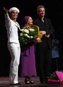 En las despedidas, José Manuel Carreño, Alicia Alonso y Kevin McKenzie, director artístico del American Ballet Theatre. Foto: Raúl Pupo.