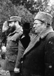 El líder yugoslavo Josip Broz Tito, junto a Fidel Castro