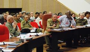 El presidente cubano interviene ante el Pleno del Consejo Nacional de la Central de Trabajadores de Cuba