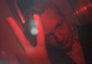 Julian Assange abandona prisión Foto: Reuters
