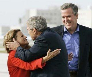 Ileana Ros-Lehtinen  y George W.Bush