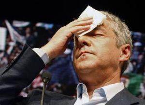 El primer ministro José Sócrates se vio obligado a renunciar