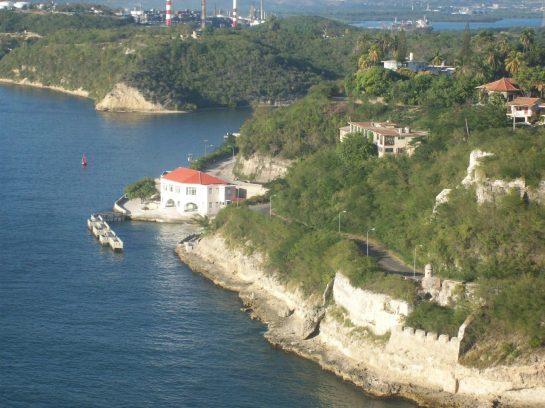 Entrada del Morro del Castillo de San Pedro de la Roca en Santiago de Cuba