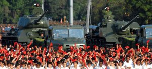 Desfile 50 aniversario Cuba