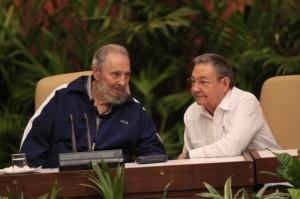Fidel y Raúl en el Congreso. Foto: Ismael Francisco