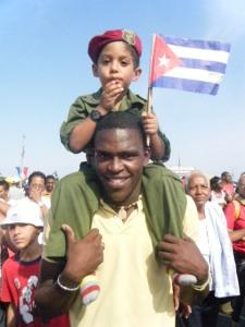 Desfile popular por los 50 años de Playa Girón en La Habana. Cuba