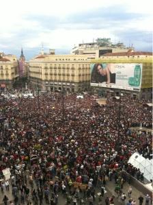 Puerta del Sol, Madrid, 20,40 h, 17 de Mayo, 2011. (Juanlu Sánchez/periodismohumano)