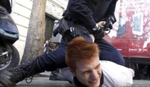Represión contra estudiantes ayer en Valencia