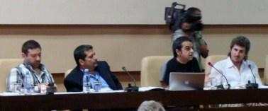 En el panel del II Taller, Javier Couso, Iroel Sánchez, Paco Arnau y César Gómez