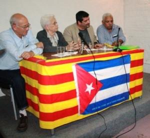 La delegación cubana que por estos días recorre el estado español: De izquierda a derecha Hugo Pons, Mirtha Rodríguez, Iroel Sánchez y Alberto González