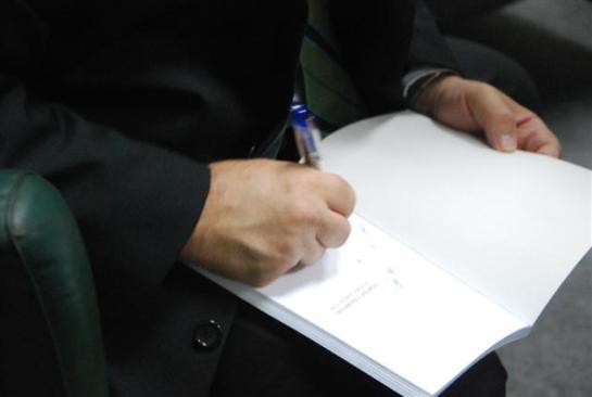 Firmando libros