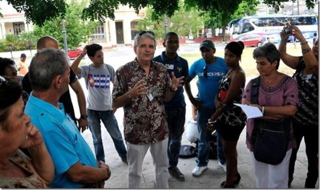 Conrad Tribble en el encuentro de tuiteros y blogueros cubanos