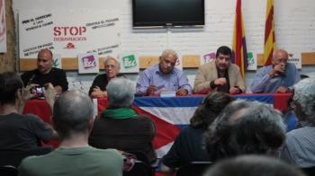 Delegación cubana en Valencia, a la izquierda David Rodríguez Fernández Presidente de la Asociación valenciana de amistad con Cuba José Martí