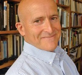 El escritor cubano René Vázquez Díaz
