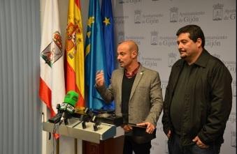 Conferencia de prensa con Jorge Espina, portavoz de IU-Los Verdes en Gijón