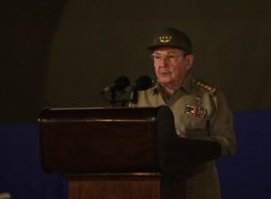 Raúl Castro habla en el acto por los 55 años de la Revolución cubana