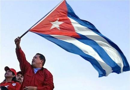 Resultado de imagen de Foto de Silvio rodriguez con bandera de venezuela
