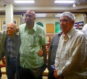 """El """"disidente""""Guillermo Fariñas en Miami junto a Luis Posada Carriles y otros terroristas."""