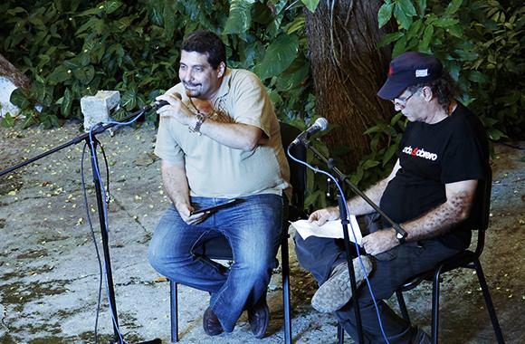 Junto a Fidel Díaz Castro presentando el espacio.