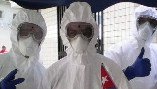 Médicos-cubanos-en-Sierra-Leona-580
