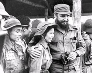 fidel-castro-vietnam-1973-visita-al-paralelo-l-vontjo