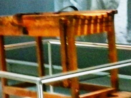 Mesa donde se azotaban los prisioneros.