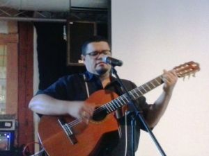 """Eduardo Sosa canta """"La bayamesa"""""""