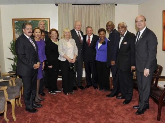 Raúl en New York con representantes y senadores estadounidenses.